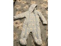 Free mixture of clothes snowsuit and baby pyjamas 0-3