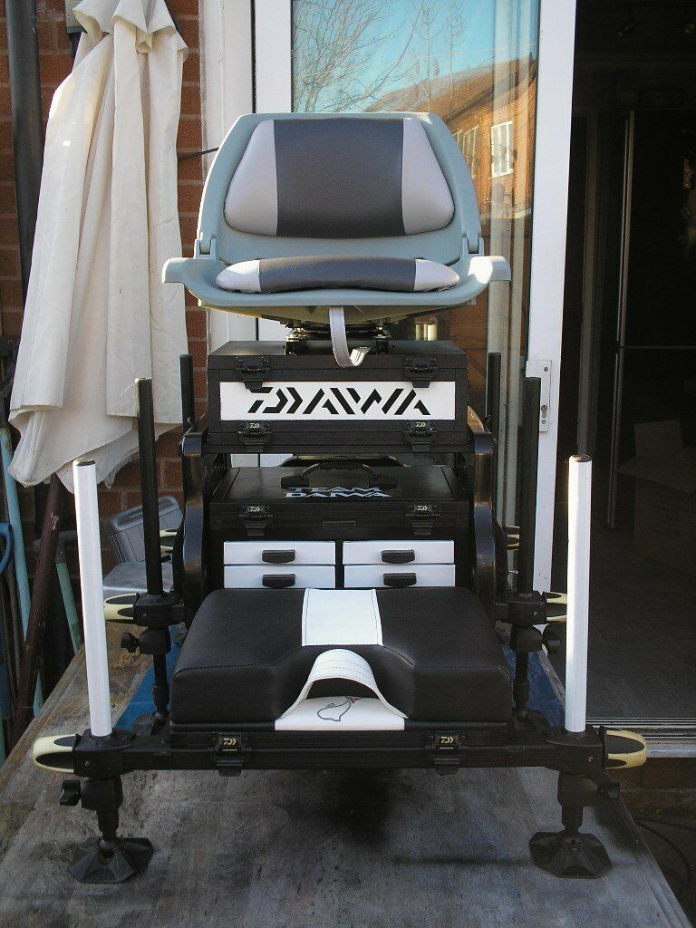 ca239a6da9b Daiwa Tournament 400SB seat box refurbished and Customised with 360 seat  possible PX for Laptop