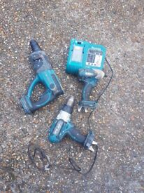 Makita impact combi and charger