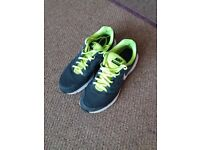 Nike Downshifter 6 Running shoes Size 8