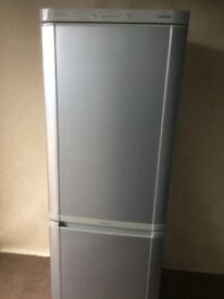 Samsung silver gray frost free fridge freezer( delivery available)