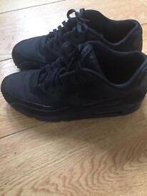 Genuine Nike air max size 7 as new