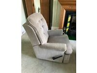Recliner chair for elderly person