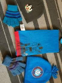 Hats, scarf and gloves