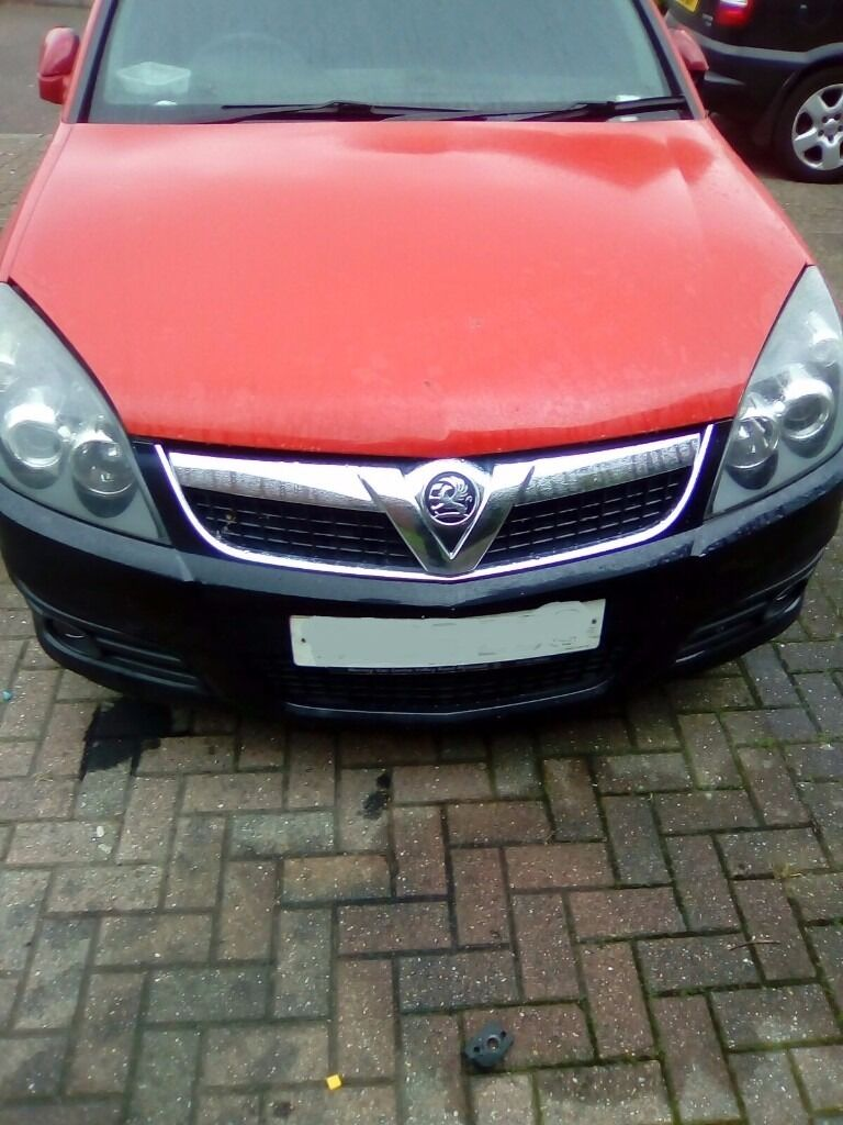 vauxhall vectra facelift 06 reg front bumper black