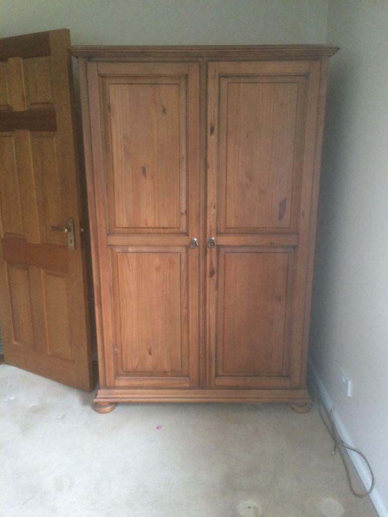 Wardrobein Newry, County DownGumtree - Solid robe with no scratches etc Can deliver