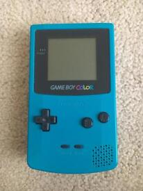 GameBoy colour + Games - Like New