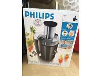 Philips juicer (large) - brand new in Box
