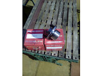 LAND ROVER FREELANDER 2. PAIR NEW FRONT WHEEL BEARING UNITS FITS 2006 TO 2014 VEHICLES BARGAIN PRICE