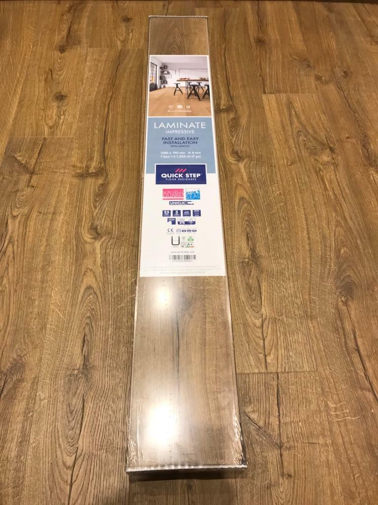 2x Brand New Packs Of Quickstep Impressive Classic Oak Natural Laminate Flooring