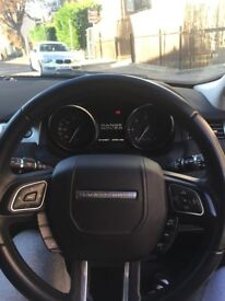 Immaculate Stunning Range Rover Evoque pure with tech pack