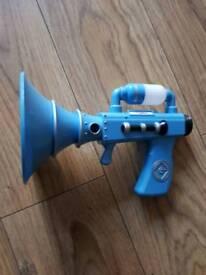 Minions fart blaster toy