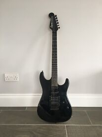 Electric squier guitar including amp and case