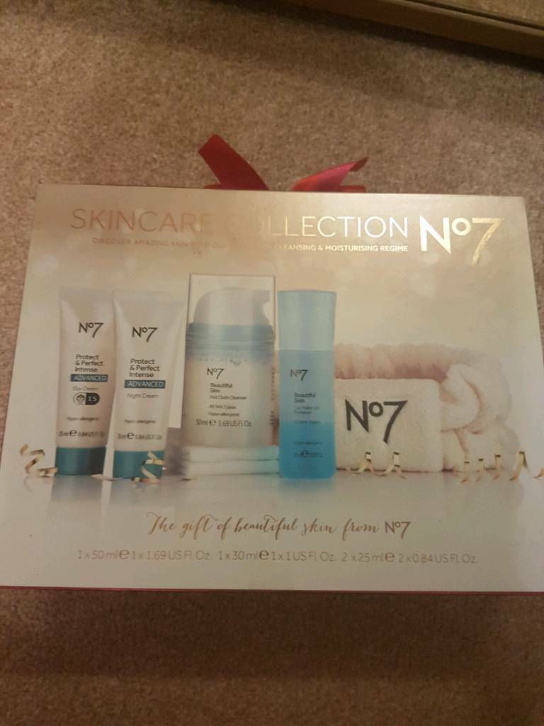 No 7 Facial Gift Set | in Kingswood, East Yorkshire | Gumtree