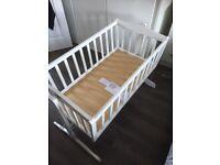 Saplings Bethany White swinging crib