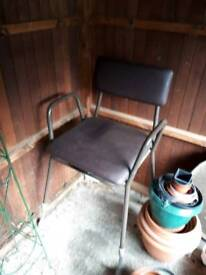 Commode chair (brand new)