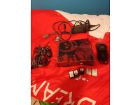 Gears of War 320GB Xbox 360 with Games (2 Controllers)