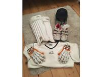 Large boys/small men's cricket set