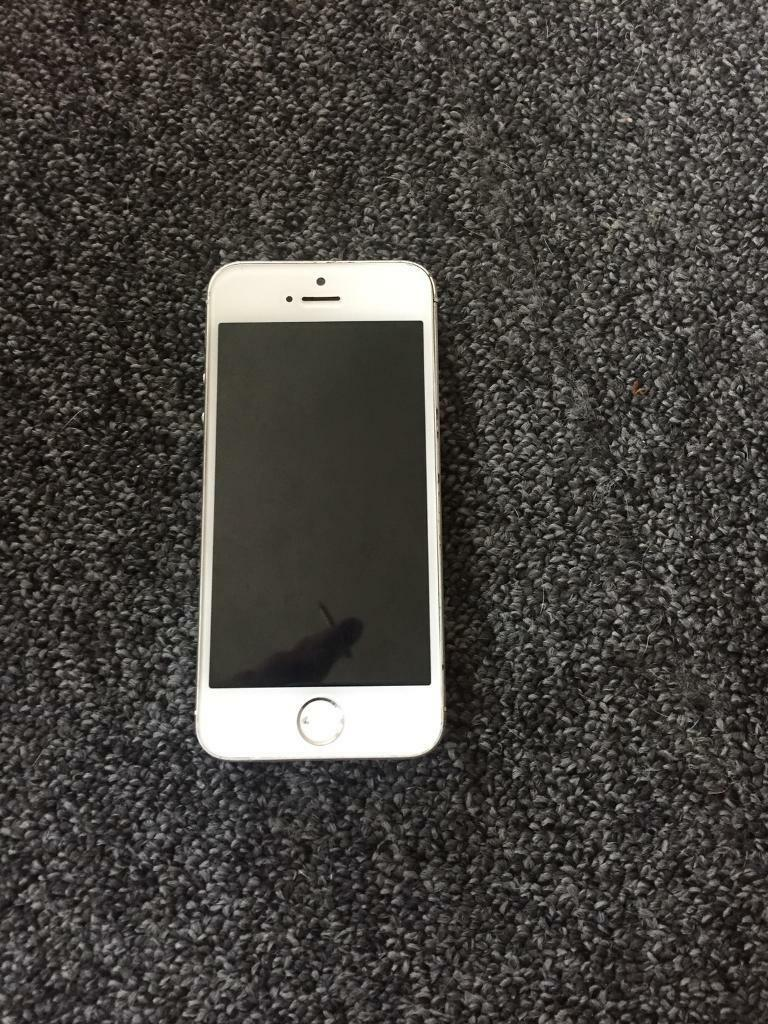 iPhone 5s white faultyin Bulwell, NottinghamshireGumtree - iPhone 5s iCloud free find my iPhone offStuck on restore easy fix for some one In very clean n good conditionAll works just stuck on restore connects to iTunes goes to restore and fails at around 70%