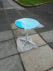 Out door round table