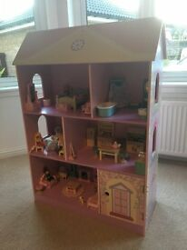 Girls Dolls House and Furniture