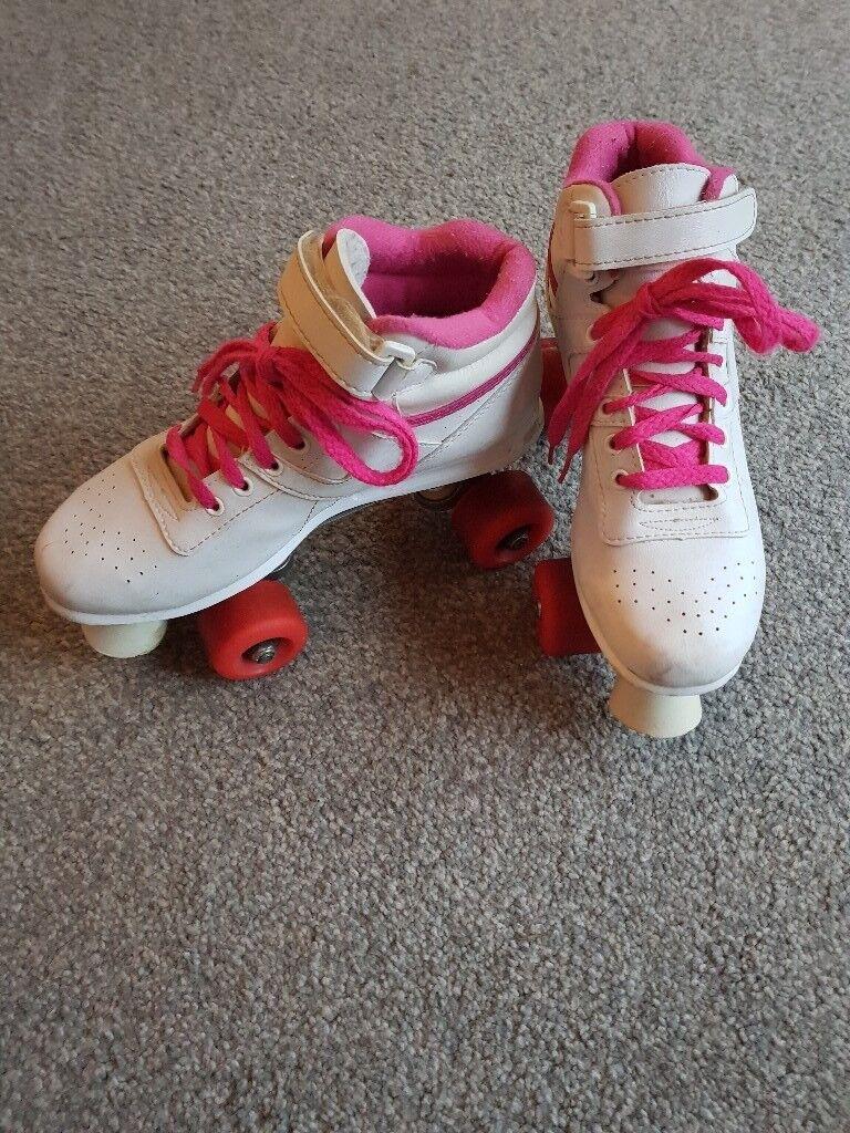 Girls/Ladies Roller Boots -Size 5 - Uplift East Kilbride
