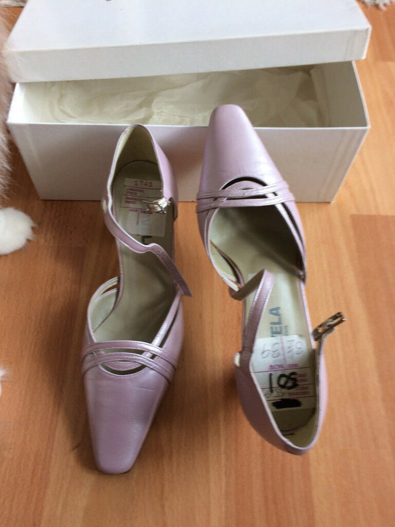 New - woman lilac leather shoes, size 36.5