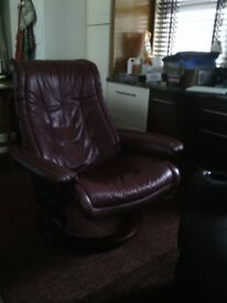 Brown Leather Stressless Reclining Chair