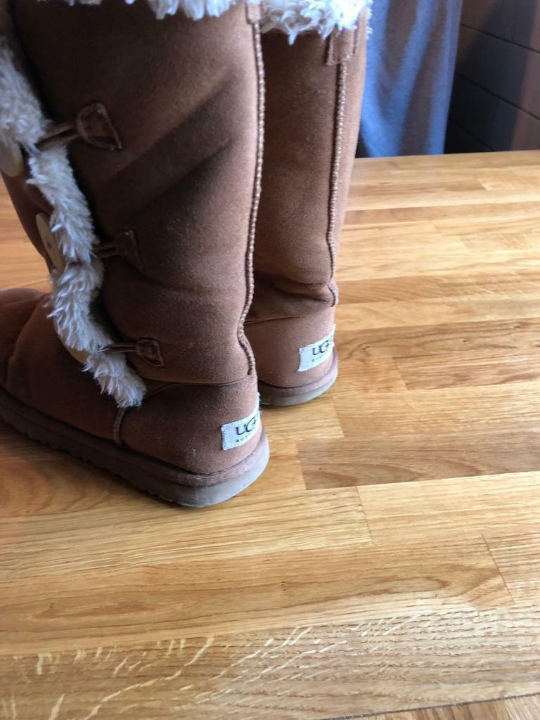 1b3a4a2f156 Ladies Ugg boots size uk5   in Copmanthorpe, North Yorkshire   Gumtree