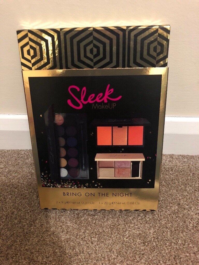 b58280bfbf96 Sleek makeup gift set