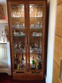 Solid wood double fronted glass cabinet with glass shelving and drawer £65