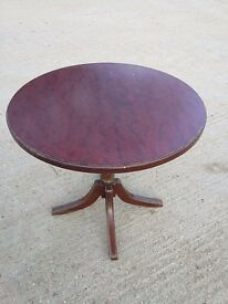 1930/40s darkwood round table