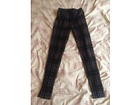 SALE: TOPSHOP HIGH QUALITY TARTAN PRINT VELVET LEGGINGS SIZE 8