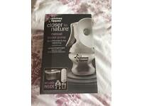 Tommee tippee breast pump and accessories
