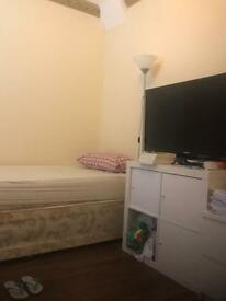 Good size OneBedroom flat available to rent