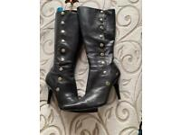 Ladies Nine West boots size 5