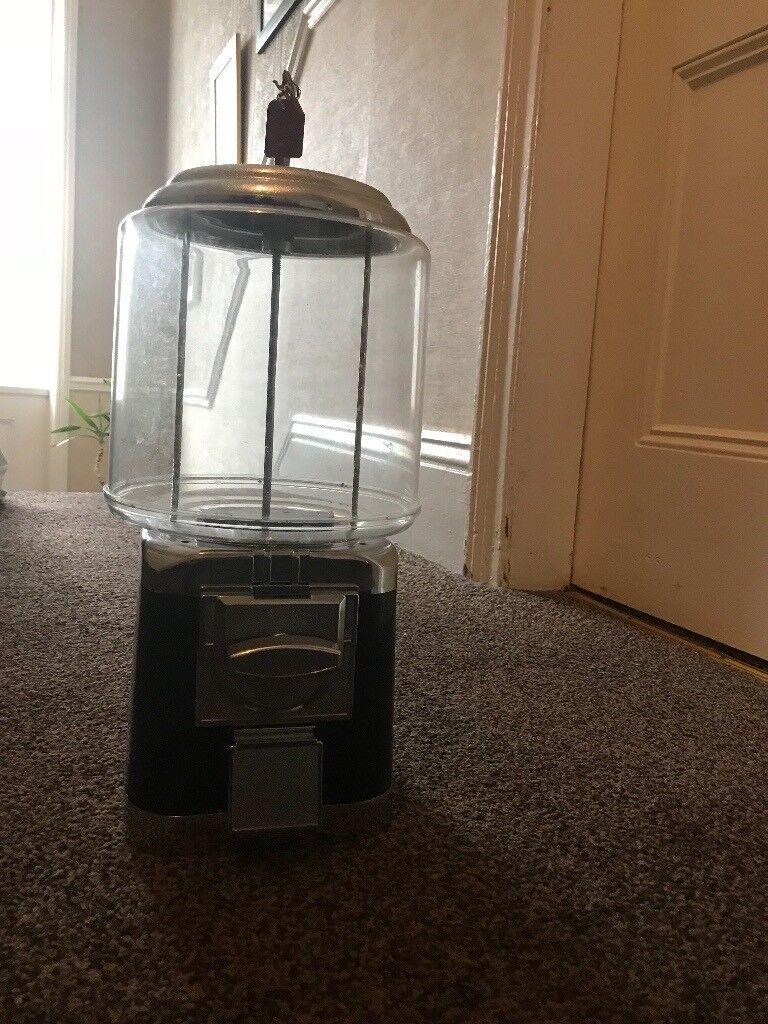 20p sweet dispenser - £50
