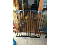 Dreambaby Extra Wide Extra Tall Bank Gate