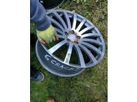 Single revere alloy spare has cracks x1