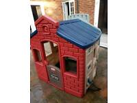 Little Tikes Town Earth Playhouse