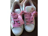 Girls Heelys size 3. Pink and White
