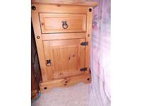 Corona 1 Door 1 Drawer Pot Cupboard Bedside.