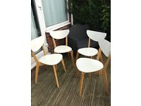 White wooden chairs 4 , great condition