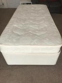Single divan bed with two drawers