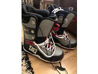 Men's DC Serum snowboard boots UK 8.5
