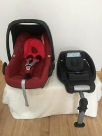 Maxi cosi pebble car seat with base immaculate condition