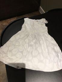 Girls white dress 4 yrs