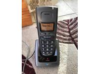 Portable cordless Bt twin set of telephones. In good working order. Large buttons.
