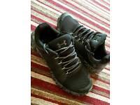 Under armour trainers 9.5 uk camo grey black