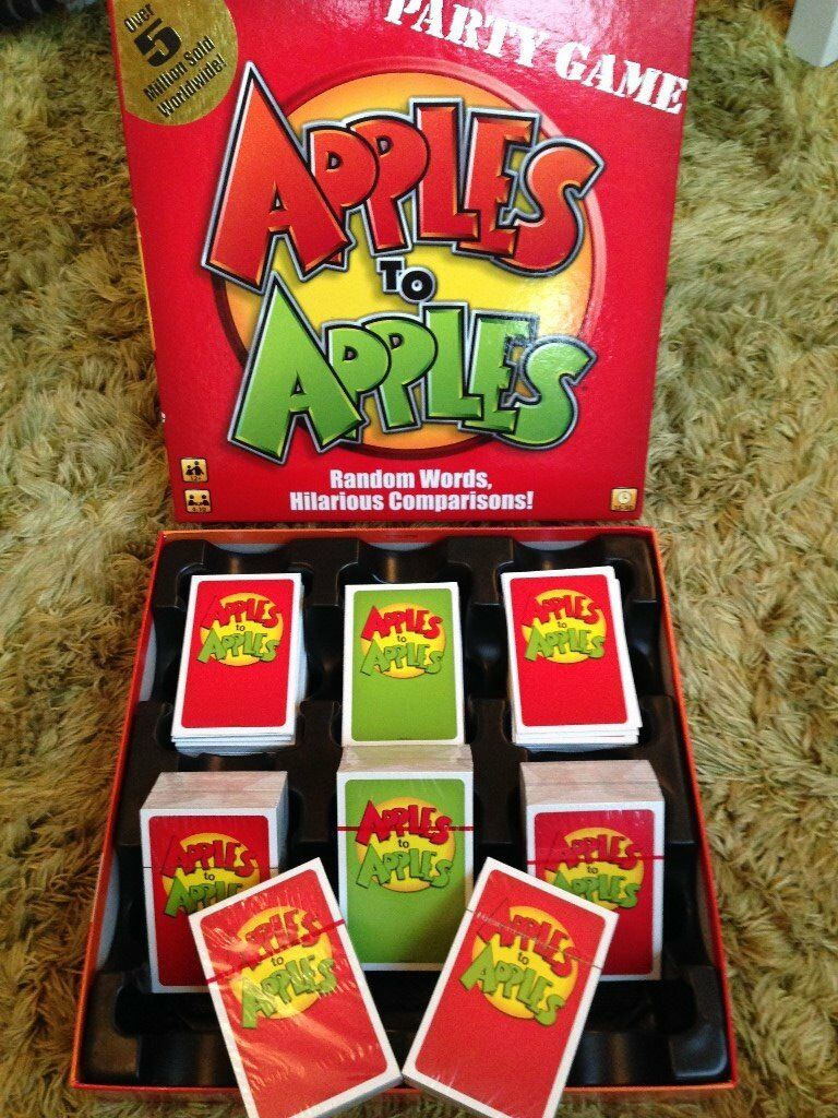 Apples to Apples card game - Fun for the family - perfect condition